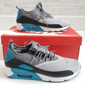 New NIKE Air Max 90 EZ Sneakers